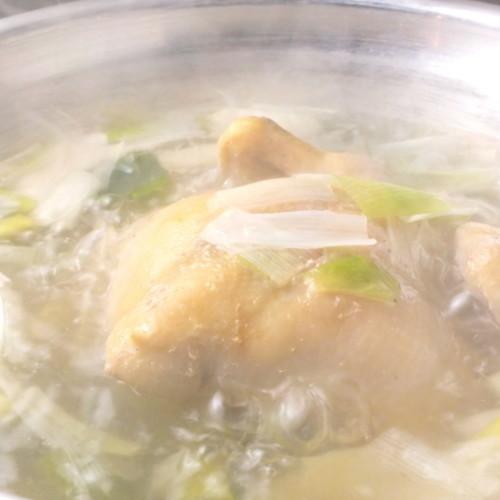 アジアの鶏料理は、一羽まるごとなど使い方もさまざま